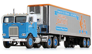 1/64 SCALE FREIGHTLINER HOWARD JOHNSONS DCP/FIRST GEAR