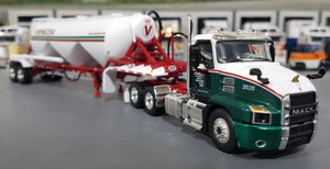 1/64 DCP / FIRST GEAR MACK ANTHEM VENEZIA BULK TRANSPORT WITH BULK TRAILER 60-0655