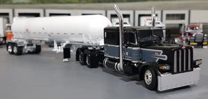 1/64 DCP / FIRST GEAR PETERBILT 389 BLACK & GRAY WITH LPG TANKER TRAILER 60-0585