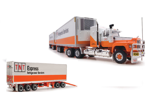 1/64 SCALE  HIGHWAY REPLICAS TNT EXPRESS MACK VALUELINER ROADTRAIN TRIPLE