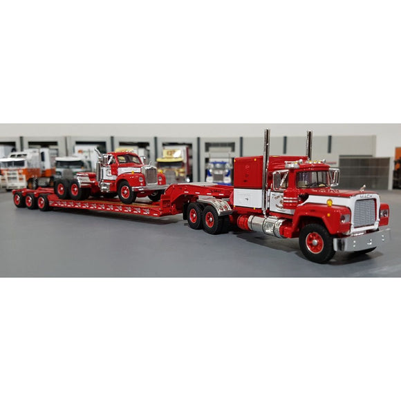 1/64 DCP / FIRST GEAR TUFFTRUCKS RED MACK R-MODEL LOADED WITH A B-MODEL MACK ON TRI TRAILER