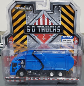 1/64 GREENLIGHT BLUE MACK LR FRONT LOADING RUBBISH TRUCK  CAR NEW ON CARD