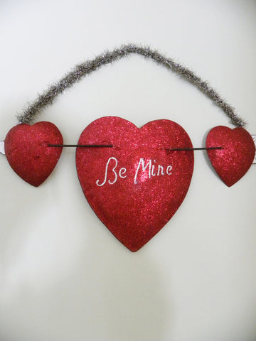 "Valentines Heart Plaque ""Be Mine"""