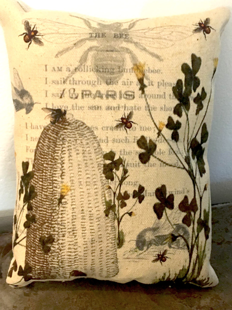 Bee & Clover Accent Pillow - BELLAVINTAGEHOME