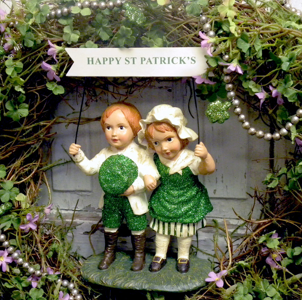 Vintage Happy St Patrick's Kids with Banner