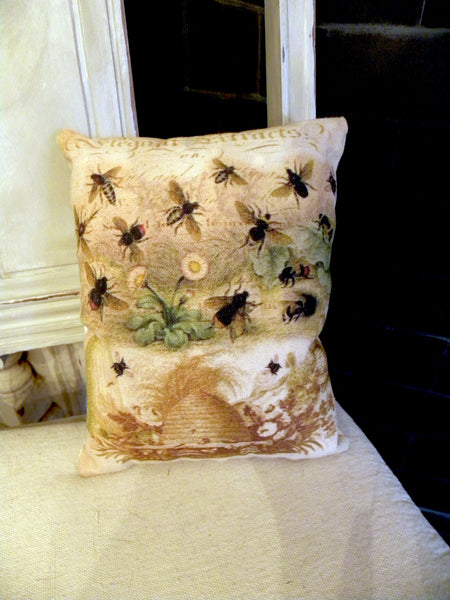 Botanical Bee Print, Pillow, Note Cards, Tea Towel, Digital Download - BELLAVINTAGEHOME
