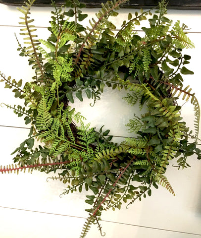 "a Mixed Fern Wreath 12"" - BELLAVINTAGEHOME"