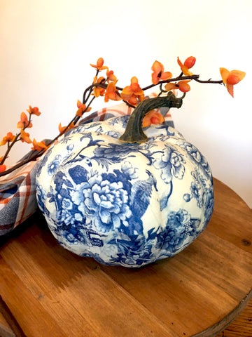 Large Chintz Pumpkin - BELLAVINTAGEHOME
