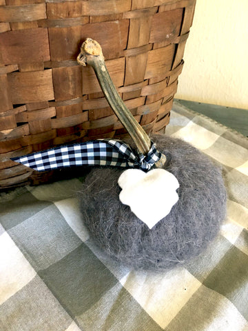 Grey Felted Pumpkin - Medium - BELLAVINTAGEHOME
