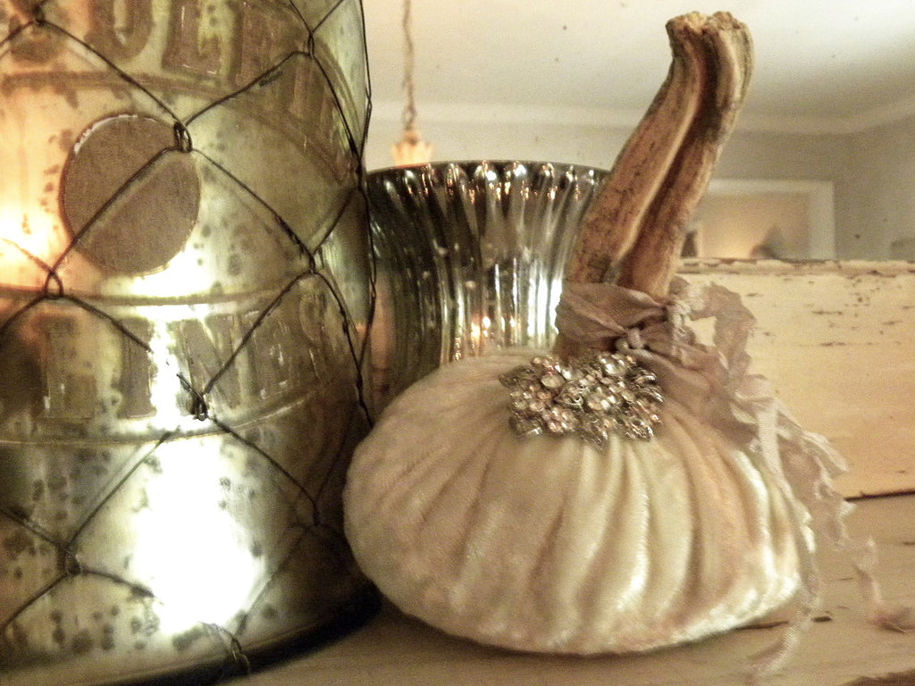 Bejeweled Velvet Pumpkin Medium - BELLAVINTAGEHOME
