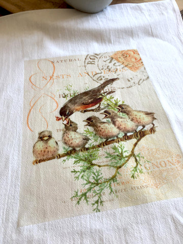 Bird Tea Towel Robin with Babies - BELLAVINTAGEHOME