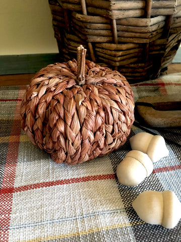 Braided Rust Pumpkin (Small) - BELLAVINTAGEHOME