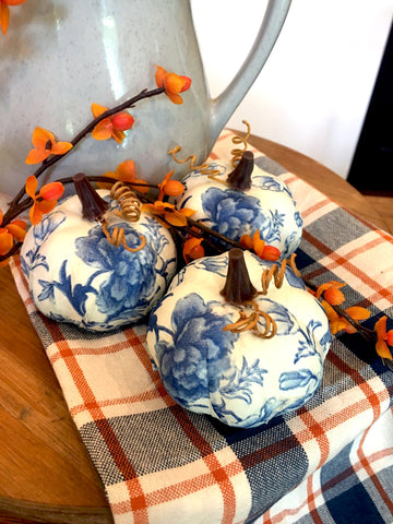 Mini Chintz Pumpkins set of 3 - BELLAVINTAGEHOME
