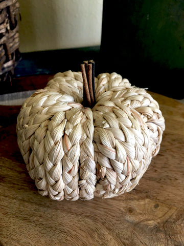 Braided Ivory Pumpkin (Small) - BELLAVINTAGEHOME