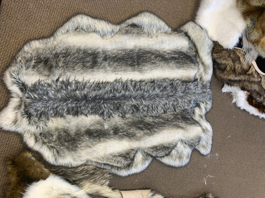 FBShowroom Series - Faux Arctic L Rug