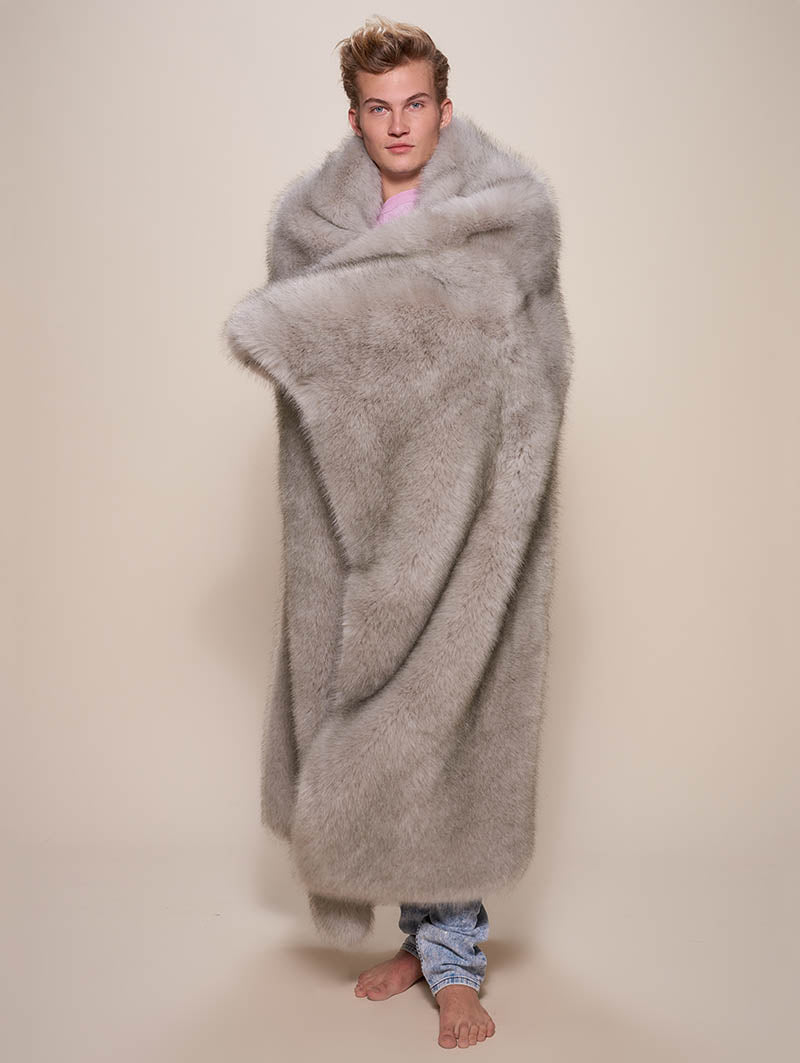 Arctic Wolf Faux Fur Throw - SpiritHoods
