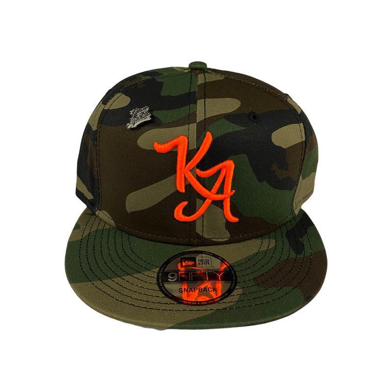 Krispy Addicts - KA Logo X New Era Snapback Camo (safety orange)