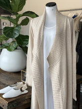 Load image into Gallery viewer, Cashmere Heathered Pub Coat