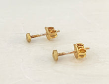 Load image into Gallery viewer, 14k Diamond Stud Earrings