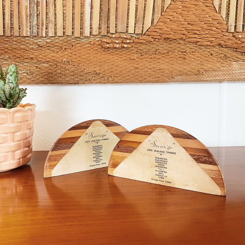 """Sovereign New Zealand Timbers"" Souvenir Bookends"