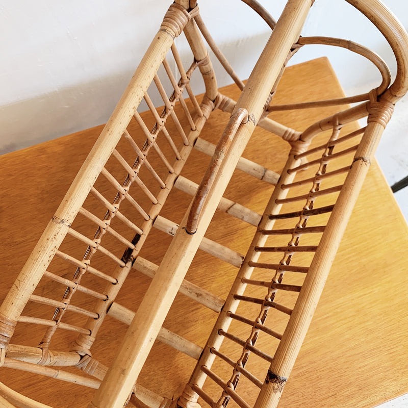 Heart-Shaped Rattan Magazine / LP Rack