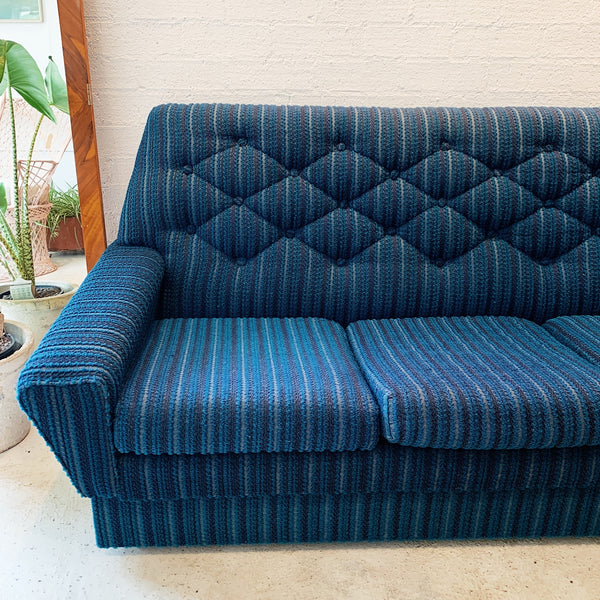 Vintage Pin Cushion Wool Loop-Knit Four Seater Sofa