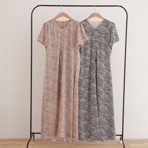 【Isn't She?】gather point flower onepiece (1585E)