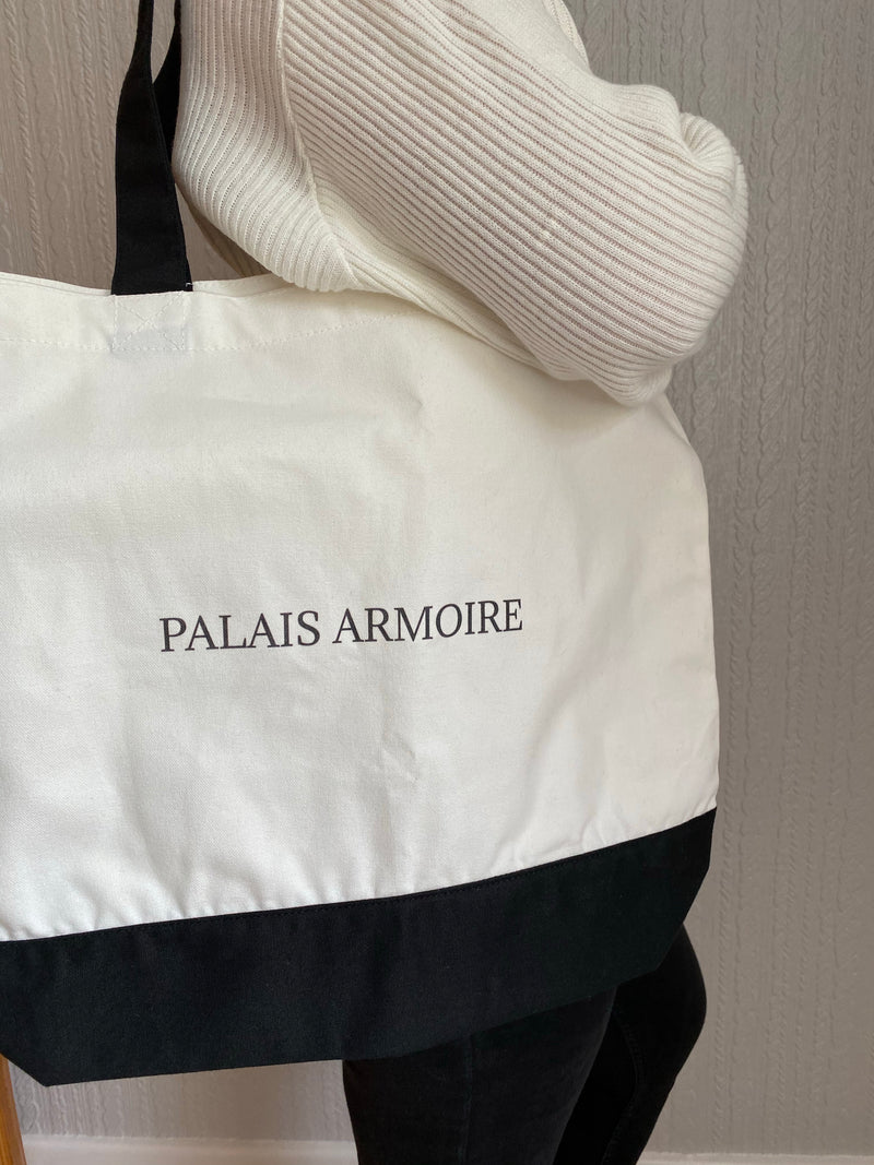 THE PALAIS ARMOIRE TOTE