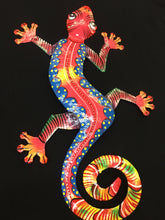 Load image into Gallery viewer, Painted Metal Gecko Wall Hanging