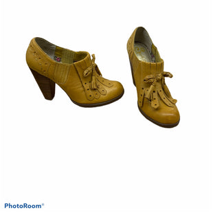 Primary Photo - BRAND: SEYCHELLES STYLE: SHOES LOW HEEL COLOR: MUSTARD SIZE: 7.5 SKU: 196-196145-270