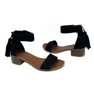 Primary Photo - BRAND: ROCK AND CANDY STYLE: SANDALS LOW COLOR: BLACK SIZE: 7 SKU: 196-196112-49052