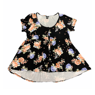 Primary Photo - BRAND: TORRID STYLE: TOP SHORT SLEEVE COLOR: BLACK SIZE: XL OTHER INFO: FLOWERS SKU: 196-19694-34513