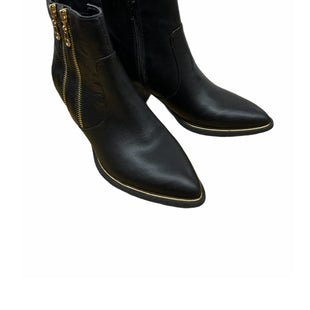 Primary Photo - BRAND: GUESS STYLE: BOOTS ANKLE COLOR: BLACK SIZE: 6 SKU: 196-196112-51275
