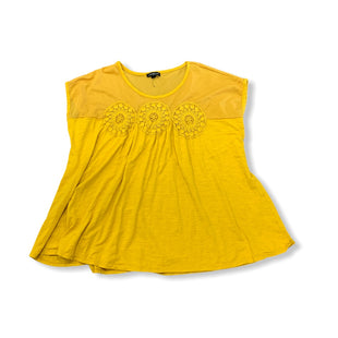 Primary Photo - BRAND: LANE BRYANT STYLE: TOP SHORT SLEEVE COLOR: MUSTARD SIZE: 2X SKU: 196-196112-53813