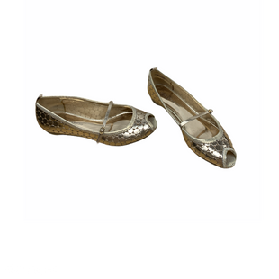 Primary Photo - BRAND: VINCE CAMUTO STYLE: SHOES FLATS COLOR: GOLD SIZE: 7.5 SKU: 196-196112-51687