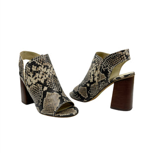 Primary Photo - BRAND:   TREASURE & BONDSTYLE: SANDALS LOW COLOR: SNAKESKIN PRINT SIZE: 8.5 OTHER INFO: TREASURE & BOND - SKU: 196-196112-58293
