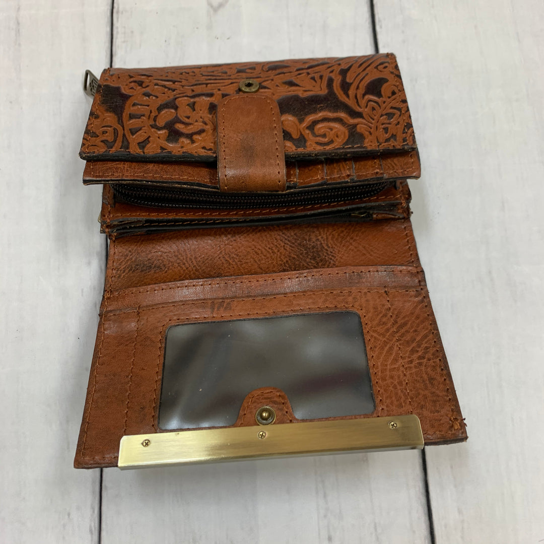 Photo #1 - BRAND: PATRICIA NASH <BR>STYLE: WALLET <BR>COLOR: BROWN <BR>SIZE: LARGE <BR>SKU: 196-196112-51263