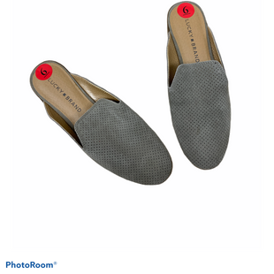 Primary Photo - BRAND: LUCKY BRAND STYLE: SHOES FLATS COLOR: GREY SIZE: 6 SKU: 196-14511-48039
