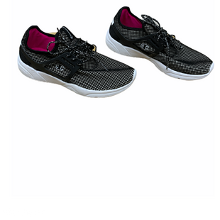 Primary Photo - BRAND: CHAMPION STYLE: SHOES ATHLETIC COLOR: BLACK WHITE SIZE: 7 SKU: 196-196142-122