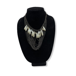 Primary Photo - BRAND: EXPRESS STYLE: NECKLACE COLOR: PEARL SKU: 196-19666-15367