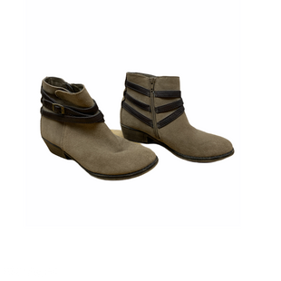 Primary Photo - BRAND: WHITE MOUNTAIN STYLE: BOOTS ANKLE COLOR: BROWN SIZE: 7 SKU: 196-19681-72003