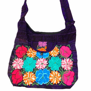 Primary Photo - BRAND:    CLOTHES MENTOR STYLE: HANDBAG COLOR: PURPLE SIZE: LARGE SKU: 196-14511-47336