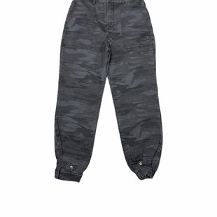 Primary Photo - BRAND: EXPRESS STYLE: PANTS COLOR: CAMOFLAUGE SIZE: 4 OTHER INFO: GREY SKU: 196-14511-48086
