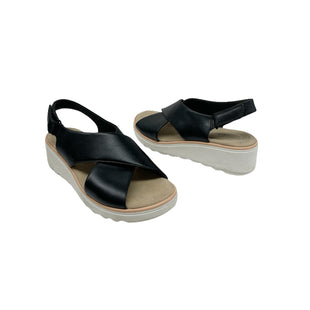 Primary Photo - BRAND: CLARKS STYLE: SANDALS LOW COLOR: BLACK SIZE: 7.5 SKU: 196-196112-58128