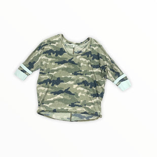 Primary Photo - BRAND: EXPRESS O STYLE: TOP SHORT SLEEVE SHIRTS COLOR: CAMOFLAUGE SIZE: M SKU: 196-196138-3372