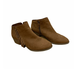 Primary Photo - BRAND: UNIVERSAL THREAD STYLE: BOOTS ANKLE COLOR: TAN SIZE: 7.5 SKU: 196-196136-5153
