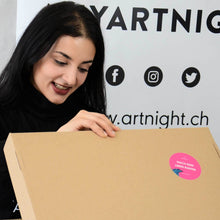 Laden Sie das Bild in den Galerie-Viewer, ArtNight Live: Pink Moon