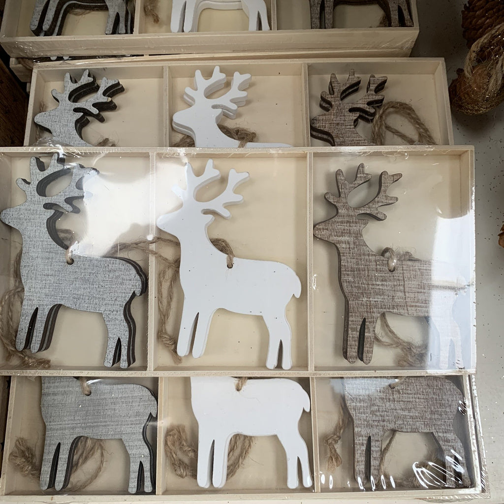SET OF SIX WOOD REINDEER HANGING TREE DECS