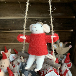 WOOL HANGING MOUSE IN JUMPER ON SWING