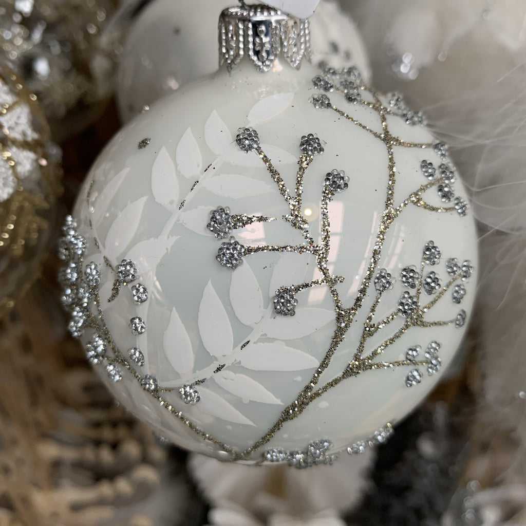 GLASS BAUBLE BRANCHES LEAVES